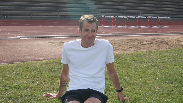 Jens valde bort drogerna och hittade löpningen